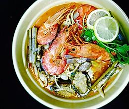 中华海鲜酸辣汤的做法