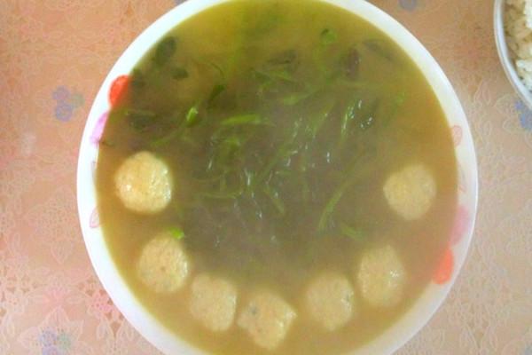 草头鱼丸汤的做法