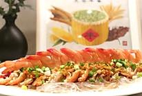 """#甜蜜暖冬,""""焙""""感幸福#经典美食~蒜蓉粉丝蒸大虾的做法"""