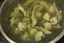 平菇肉圆汤的做法