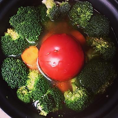 宿舍食谱~整个番茄饭之蔬菜焖饭~超美味~