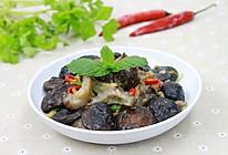 滋阴润燥的海参焖香菇的做法