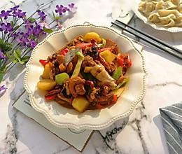 #精品菜谱挑战赛#新疆大盘鸡(附裤带面做法)的做法