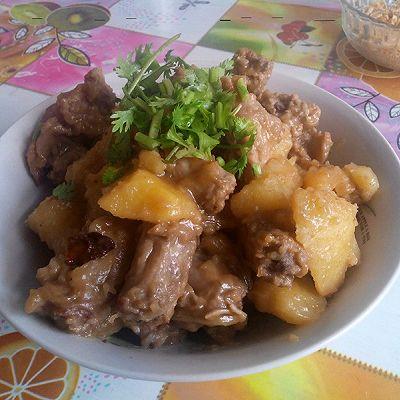 鸡脖炖土豆