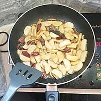 广式腊肠炒年糕的做法图解7