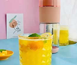 菠萝金桔柠檬气泡水的做法