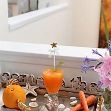 鲜榨胡萝卜橙汁