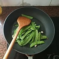 腊肠炒荷兰豆的做法图解8