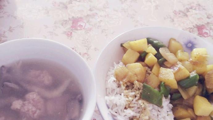 平菇肉圆汤