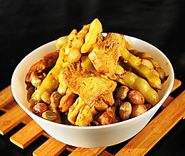 冻豆腐炖豆角的做法