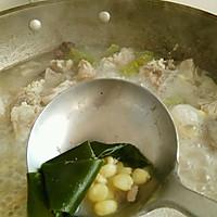 玉米海带排骨汤的做法图解7