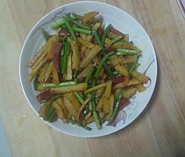 蒜苔土豆条的做法