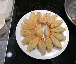 每日菜谱-三鲜锅贴的做法