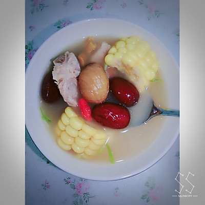 红枣板栗排骨汤