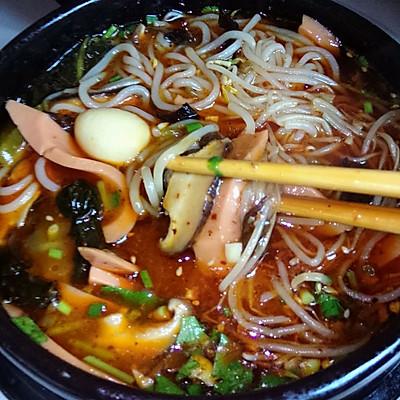香辣砂锅米线