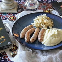 德国圣诞大餐:东北酸菜邂逅德国香肠