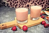 圣女果酸奶奶昔的做法