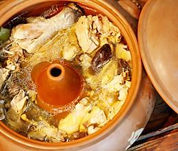 云南汽锅鸡的做法