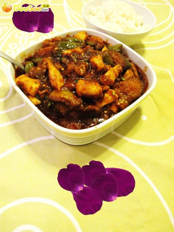 泰式红咖喱鸡柳烩茄子的做法