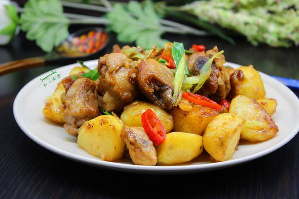 土豆焖鸡腿#金龙鱼外婆乡小榨菜籽油 最强家乡菜#的做法