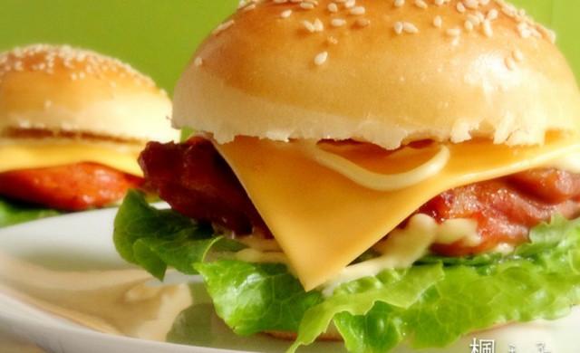 奥尔良烤鸡腿堡(附超软汉堡坯做法)