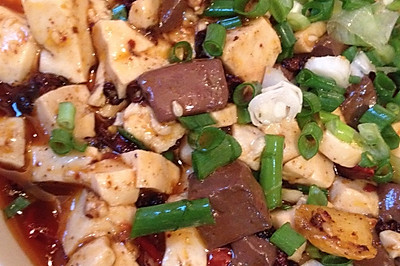 麻辣鸭血豆腐