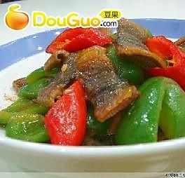 青红椒炒鳝片的做法