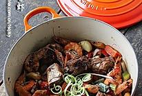 焖干锅排骨虾---用铸铁锅做创意菜的做法