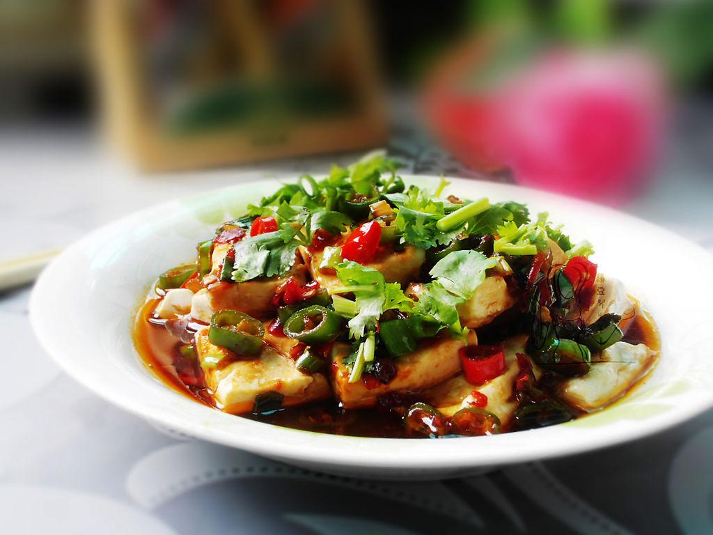 关于友情的文章_浇汁豆腐的做法_菜谱_豆果美食