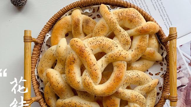 不需要揉出膜的无糖花结小面包的做法