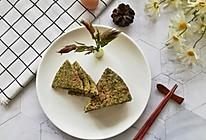 阳春三月的一道美味—香椿鸡蛋饼#餐桌上的春日限定#的做法
