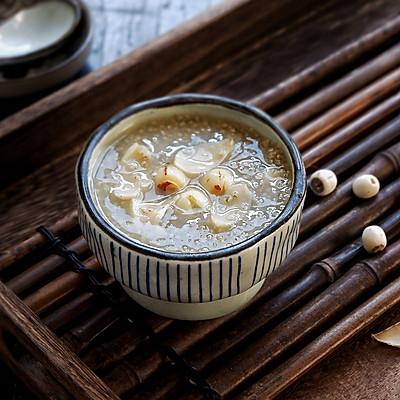 莲子百合黑小米粥