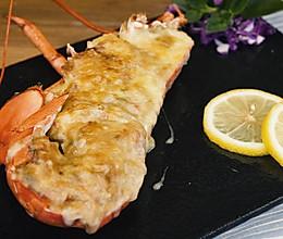 芝士蒜蓉焗龙虾的做法
