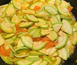 下饭菜❤️番茄炒西葫芦的做法