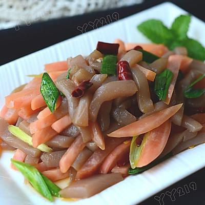 【酸萝卜炒魔芋】——闷热天的解馋开胃菜
