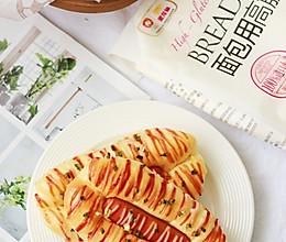 #爱好组-高筋#香葱脆皮肠面包的做法