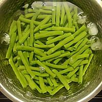 蒜蓉花椒炒长豆角(豇豆)的做法图解3