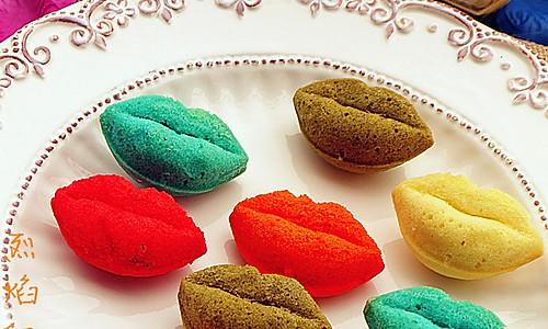 我的爱只对你说--烈焰红唇小蛋糕--长帝烘焙节的做法