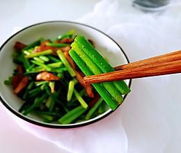 #餐桌上的春日限定#蒜苔炒肉的做法