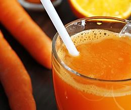 胡萝卜香橙汁鲜榨版的做法