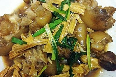 香葱支竹焖猪蹄