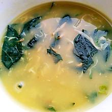 辣椒叶虾皮鸡蛋粥