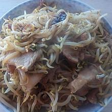 绿豆芽炒肉