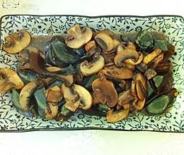 皮蛋口菇的做法