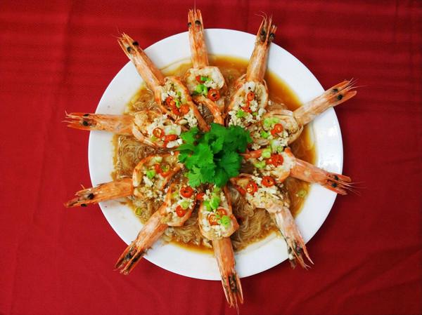 年夜饭之花开富贵(蒜蓉开运虾)的做法