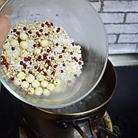 莲子红豆粥的做法图解5
