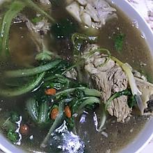 小白菜大骨头汤