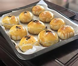 肉松麻薯红豆蛋黄酥·一定要试一次刚出炉的!的做法