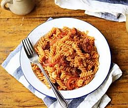 肉酱番茄意大利面(螺旋面)的做法