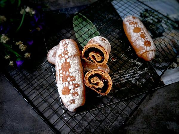 #晒出你的团圆大餐#无油红糖红枣面包的做法